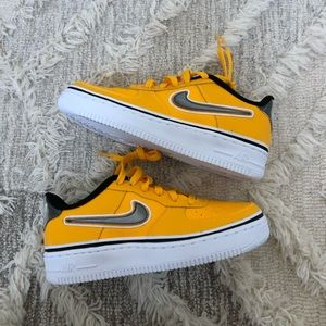 Nike - yellow Air Force
